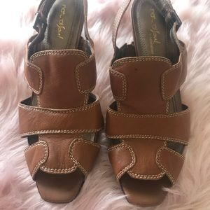 NaturalSoul by Naturalizer Leather Brown Sandals